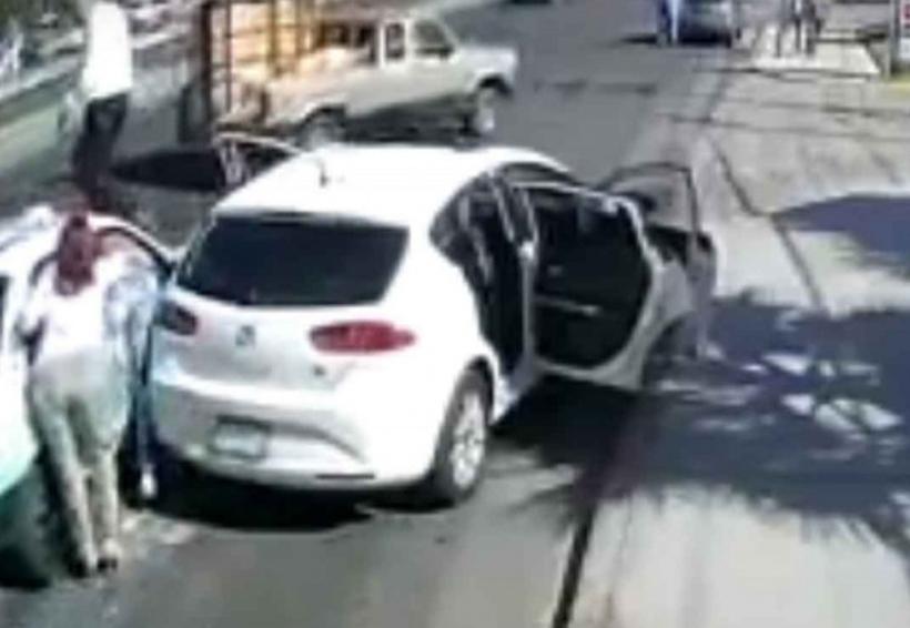 Pelea de familia y taxista termina con atropellados y golpeados | El Imparcial de Oaxaca