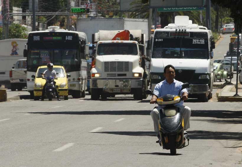 Entre la inconformidad y la apatía, implementan operativos a conductores de motocicleta