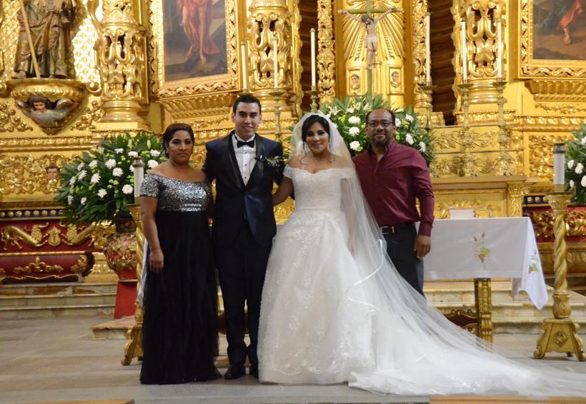 Juan y Karen caminaron al altar