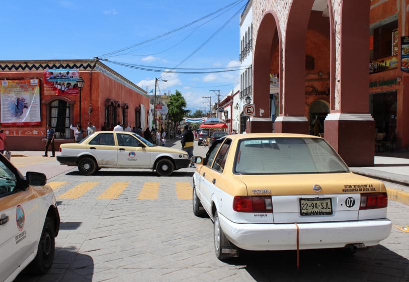 En Huajuapan, revocarán concesiones  de taxis por bloqueos. Noticias en tiempo real
