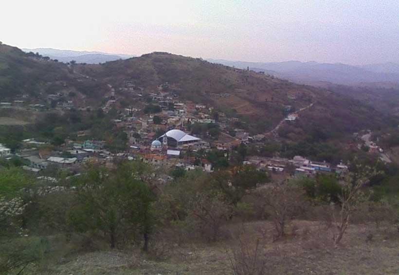 Denuncian olvido  de las carreteras de Santa Cruz de Bravo | El Imparcial de Oaxaca