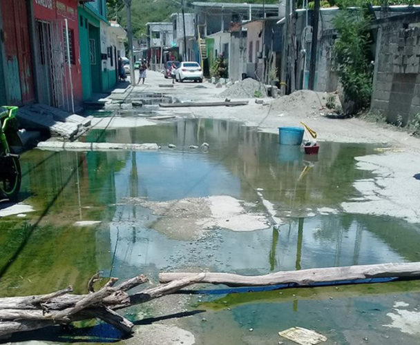 Piden atender problema de  aguas negras en San Juanico