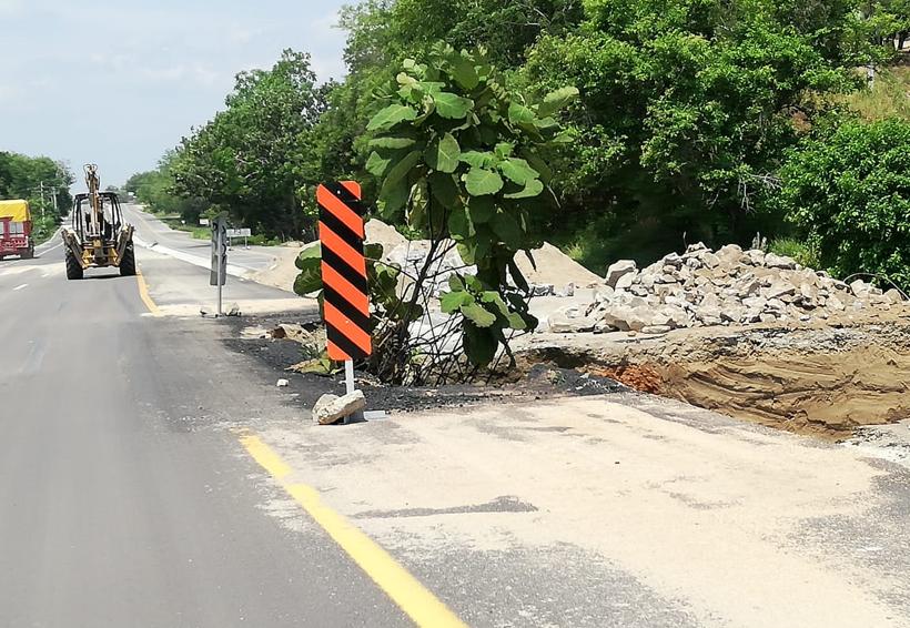 En malas condiciones,  carretera federal 200