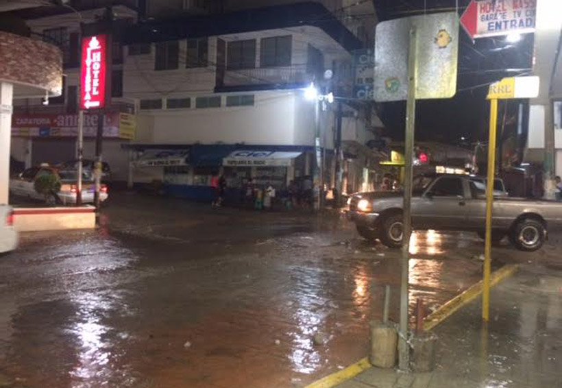 Fuertes lluvias en la Costa dejan daños