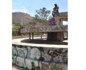 Aparecen nuevas pintas en Monumento a la Madre en Oaxaca
