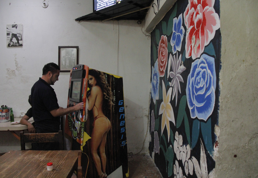 Hombres y flores: replantean las masculinidades | El Imparcial de Oaxaca