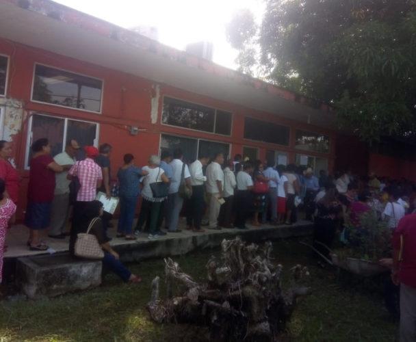 Jubilados de Tuxtepec exigen sus pagos