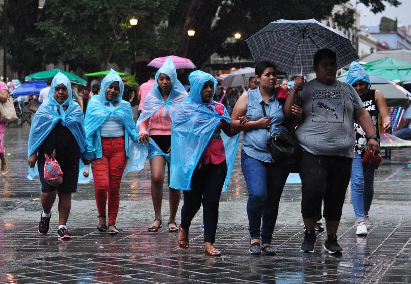 """Se forma la tormenta """"Ileana"""" frente a costas de Oaxaca"""