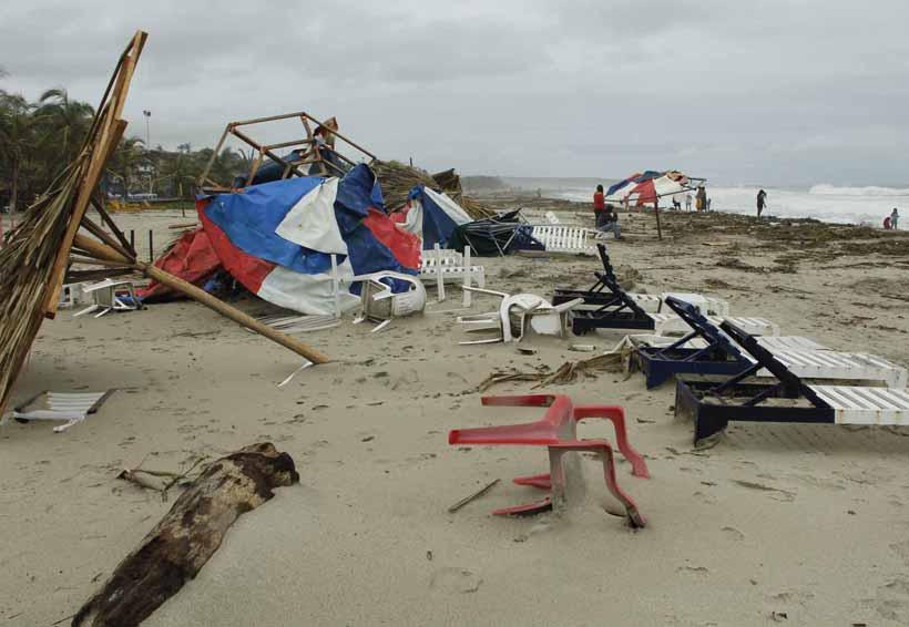 En riesgo 100 municipios de Oaxaca por ciclones tropicales