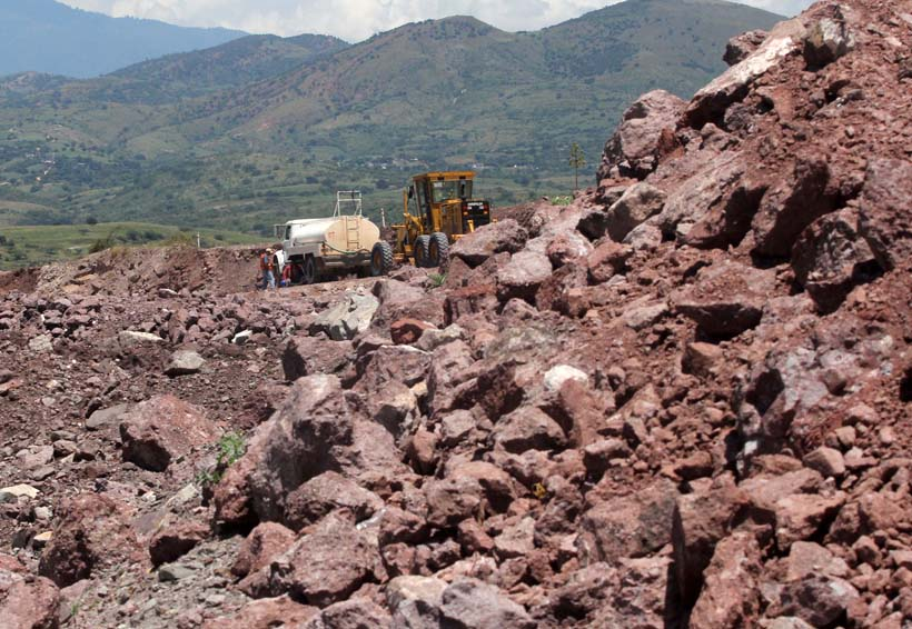 Súper carreteras de Oaxaca, la historia sin fin