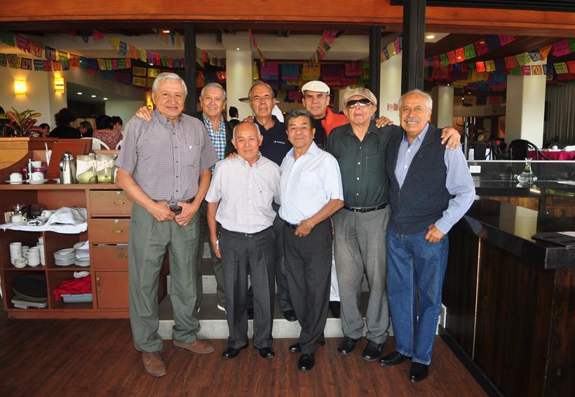 Celebran  su amistad | El Imparcial de Oaxaca