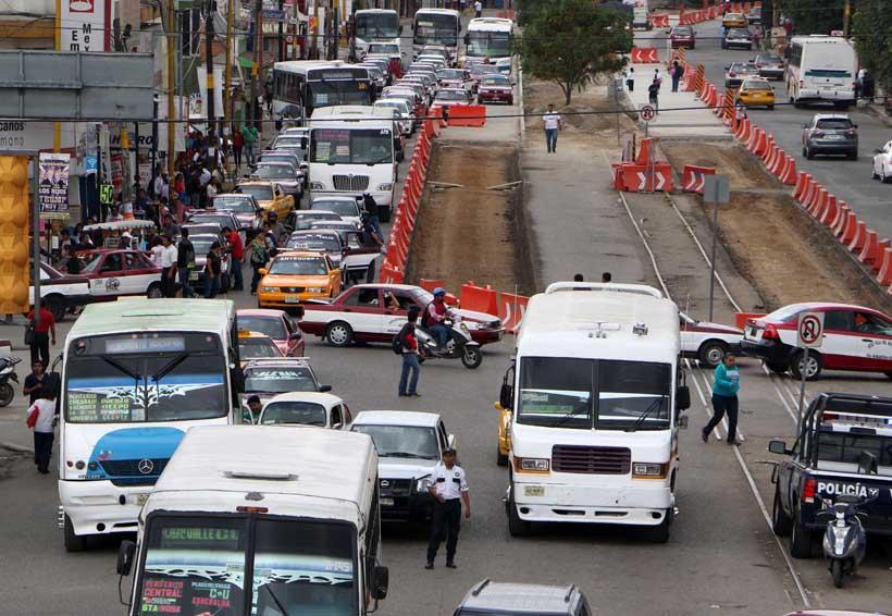 En Oaxaca, zona metropolitana saturada por transporte público