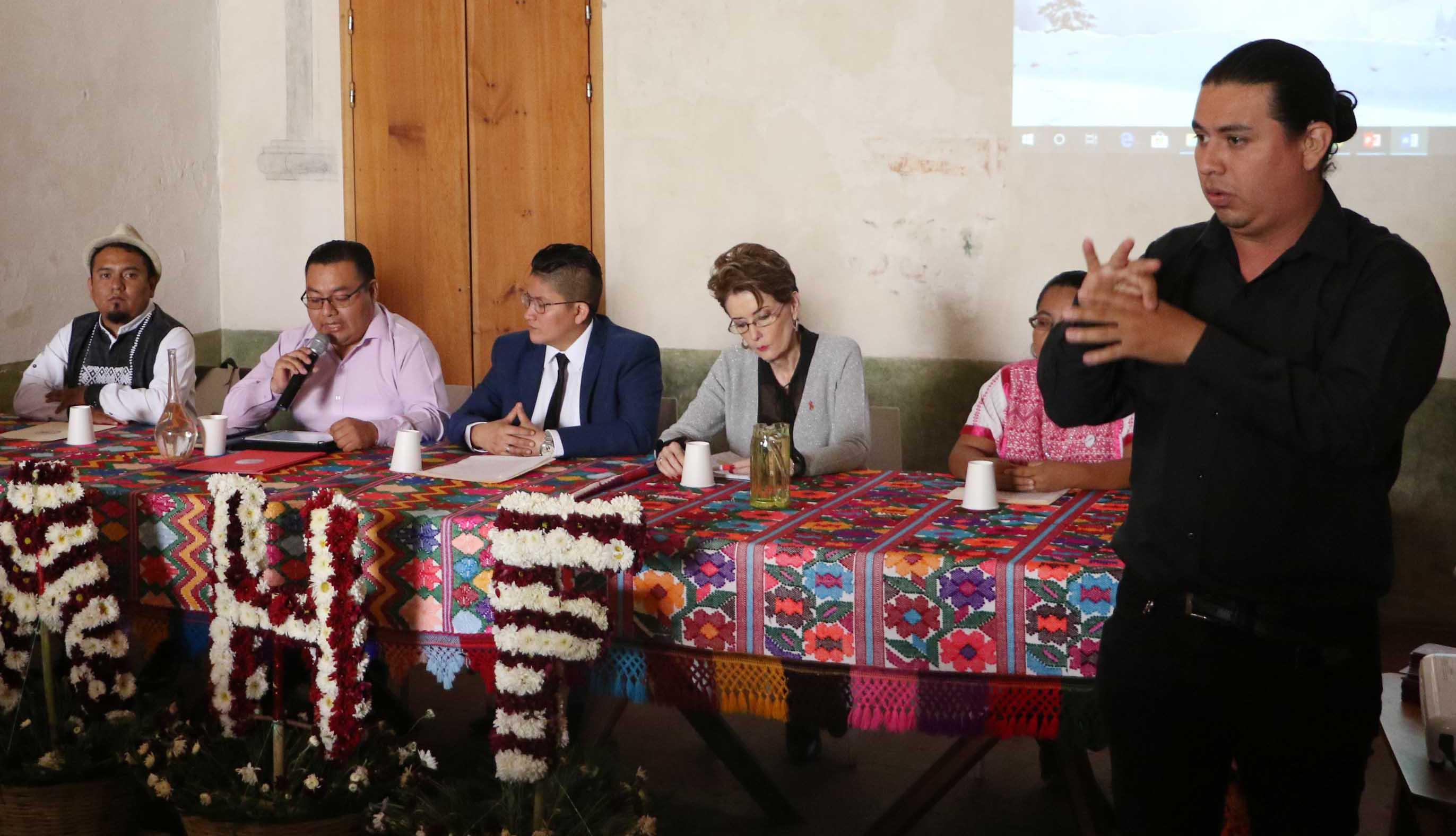 Video: Lanzan campaña de prevención  del VIH en nueve lenguas maternas en Oaxaca | El Imparcial de Oaxaca