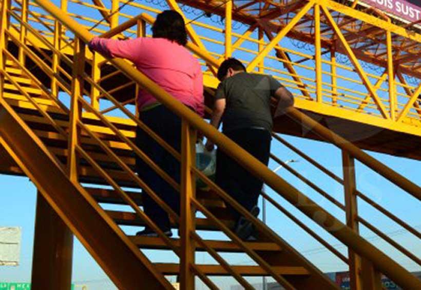 Puentes peatonales de Oaxaca: inseguros y sucios | El Imparcial de Oaxaca