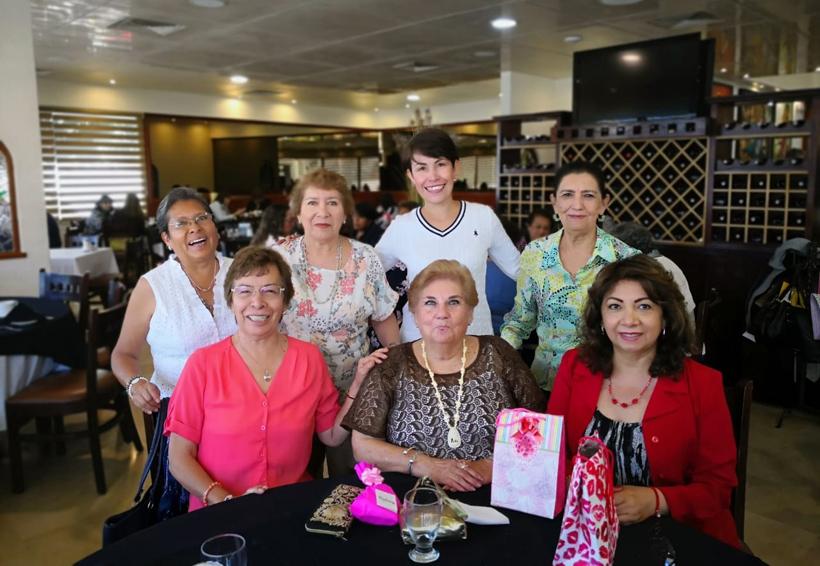 Celebran a Flor Teresa | El Imparcial de Oaxaca