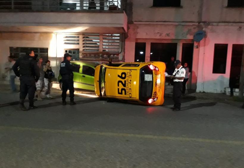 Ebrio taxista provoca  aparatoso accidente  en Salina Cruz | El Imparcial de Oaxaca