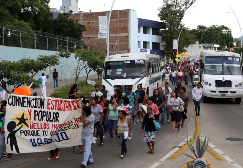 Falla convocatoria para  rechazar alza del pasaje en Oaxaca   El Imparcial de Oaxaca
