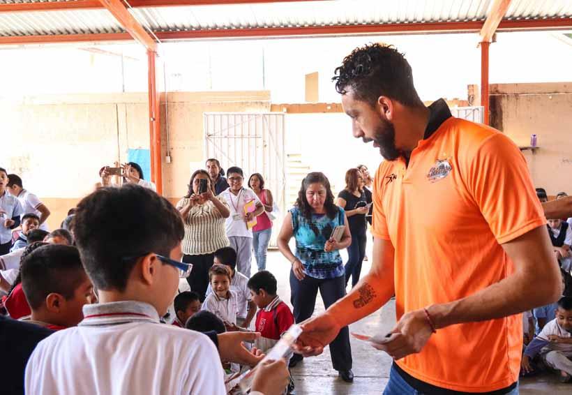 Alebrijes armó la fiesta en la Escuela Cultura Campesina