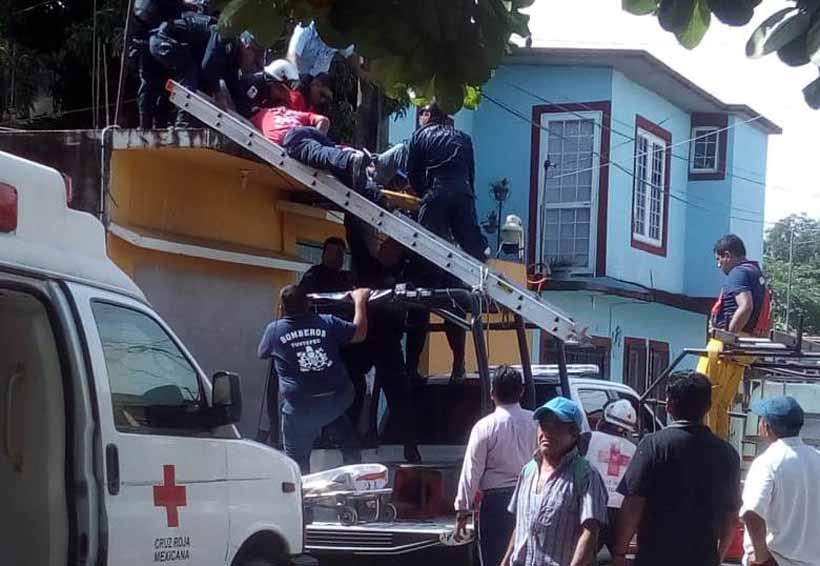 En Tuxtepec, cae trabajador sobre varilla  en una obra en construcción