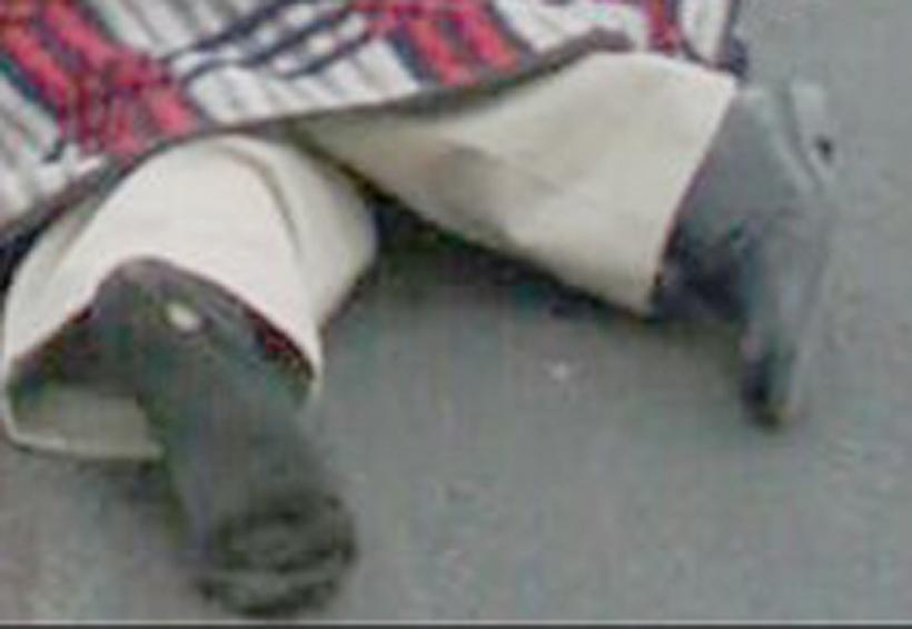 Señor de 70 años intenta cruzar carretera y muere arrollado | El Imparcial de Oaxaca