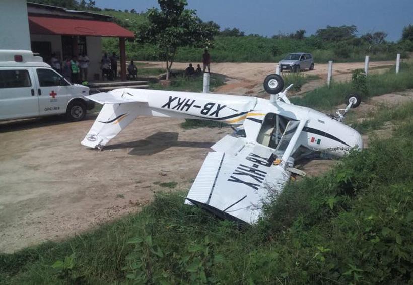 Avioneta se estrella en carretera a Pinotepa Nacional, Oaxaca | El Imparcial de Oaxaca