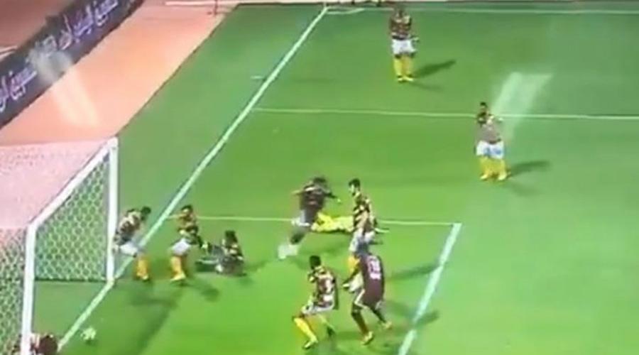 Todos fallaron el gol y un lesionado fue el 'héroe' | El Imparcial de Oaxaca