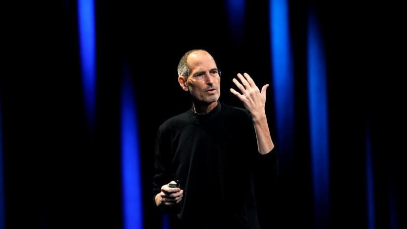 Steve Jobs obligaba a su hija a ver sus escenas sexuales con su madrastra | El Imparcial de Oaxaca