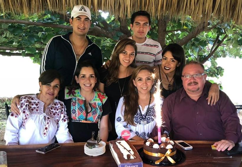 ¡Feliz cumpleaños Ofe Amaya! | El Imparcial de Oaxaca