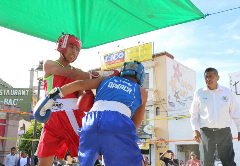 Gran función de box en Matatlán