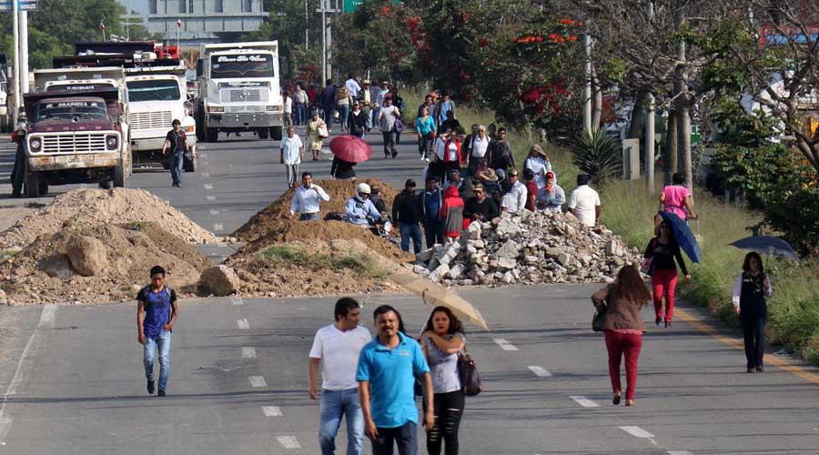 Bloqueos contribuyen  a parálisis económica de Oaxaca | El Imparcial de Oaxaca