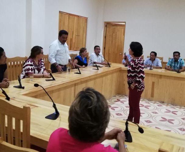 Capacitan a mujeres de la Costa tras declaratoria de violencia de género