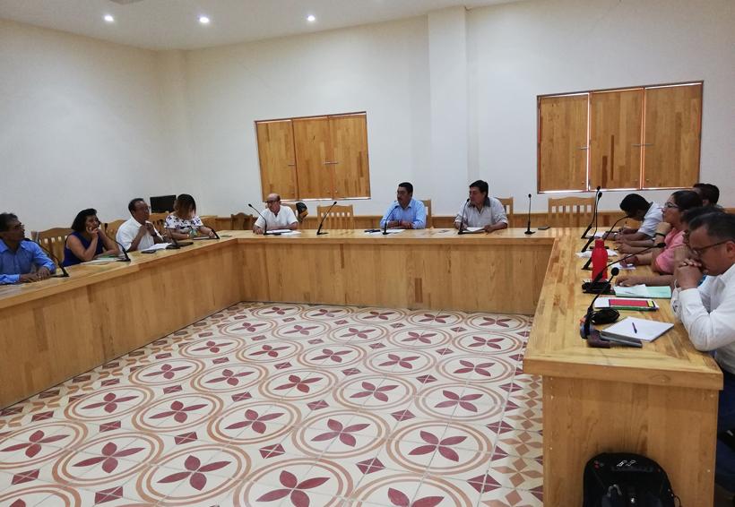 Concejales de la Costa insisten en realizar sesión extraordinaria | El Imparcial de Oaxaca