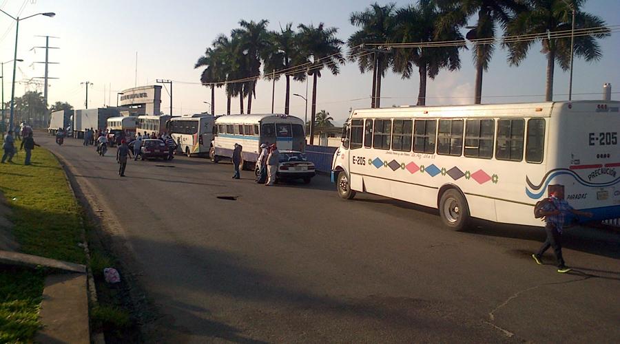 Concesionarios de Tuxtepec logran aumentar costo de pasaje | El Imparcial de Oaxaca