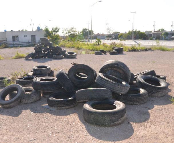 Contaminación por llantas en Tuxtepec, Oaxaca