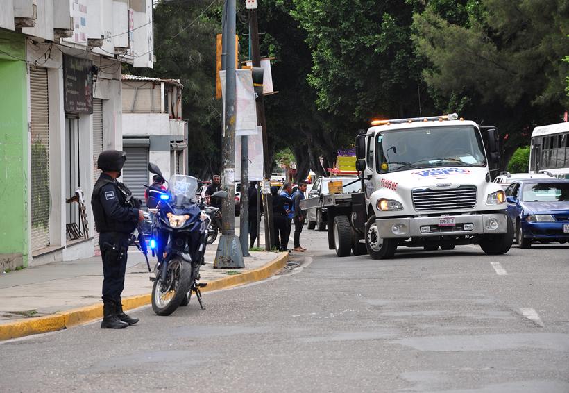 Denuncian motociclistas de Oaxaca acoso en operativos de agentes de vialidad