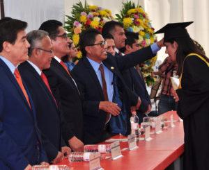 Egresan 350 nuevos profesionistas del ITO