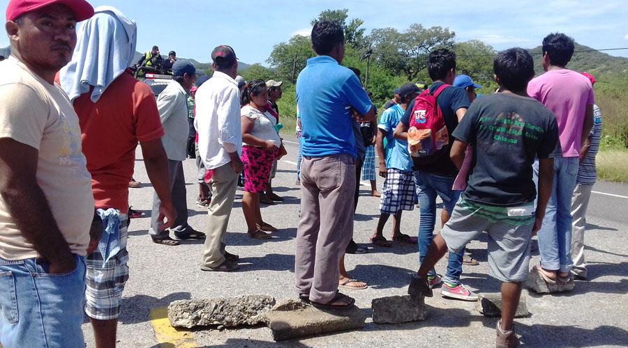 Ejidatarios del Istmo  bloquean Pemex | El Imparcial de Oaxaca