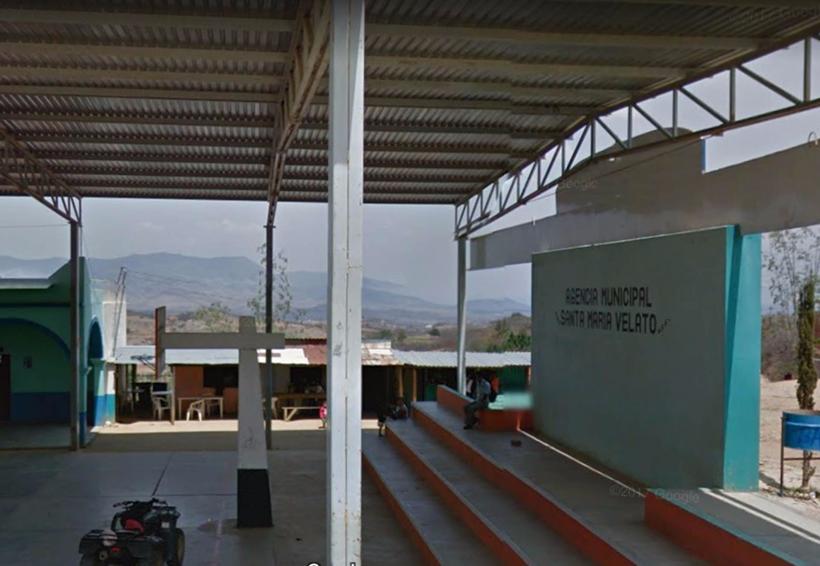 Se accidenta camioneta cargada de gente, en Velató | El Imparcial de Oaxaca