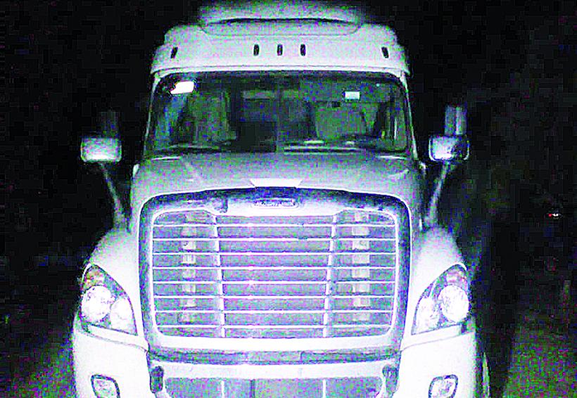 A proceso los tres sujetos detenidos por robo de tráiler en Huajuapan