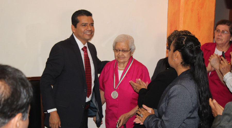 Gloria Trujillo Moreno, Recibe la medalla General  Antonio de León 2018