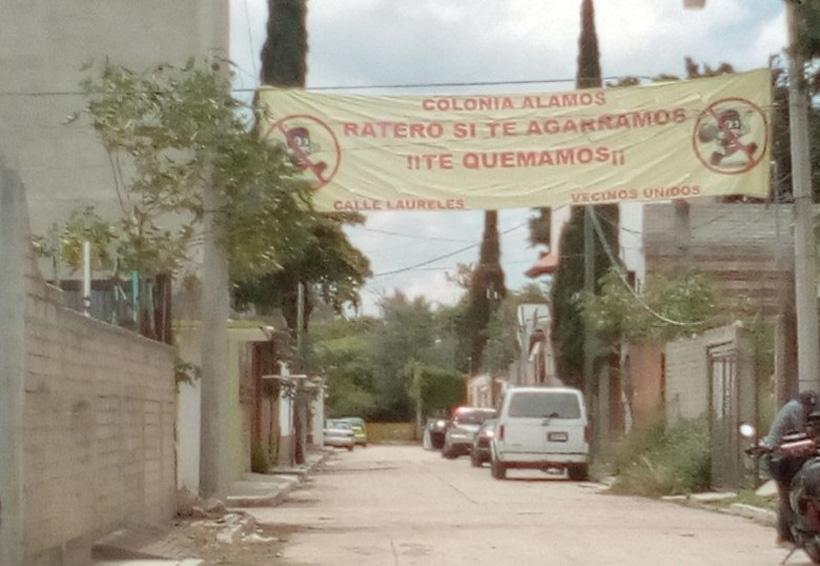 Vecinos de la colonia los Álamos se defienden contra delincuentes   El Imparcial de Oaxaca