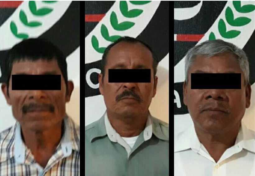 Detienen a seis personas por delito de robo en Chichicápam
