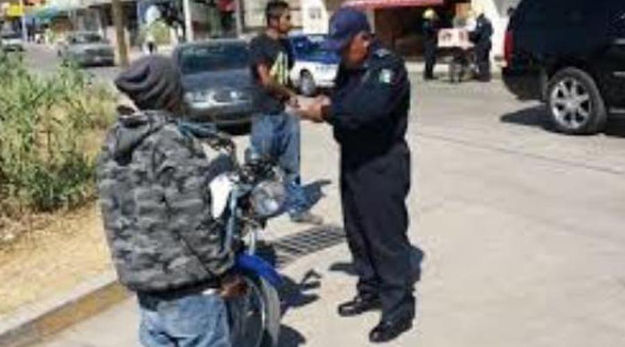 Detienen a motociclistas ebrios, además agreden a uniformados en Huajuapan | El Imparcial de Oaxaca