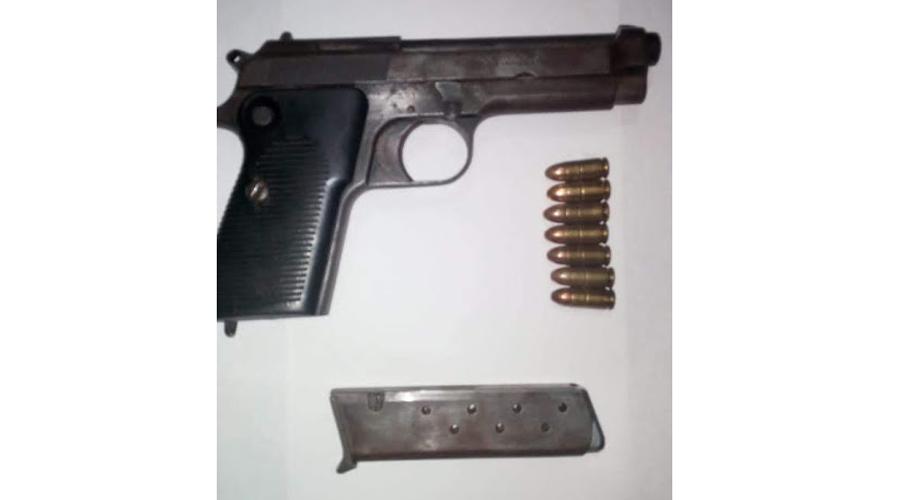 Los detienen con  dinero y armas en Río Grande