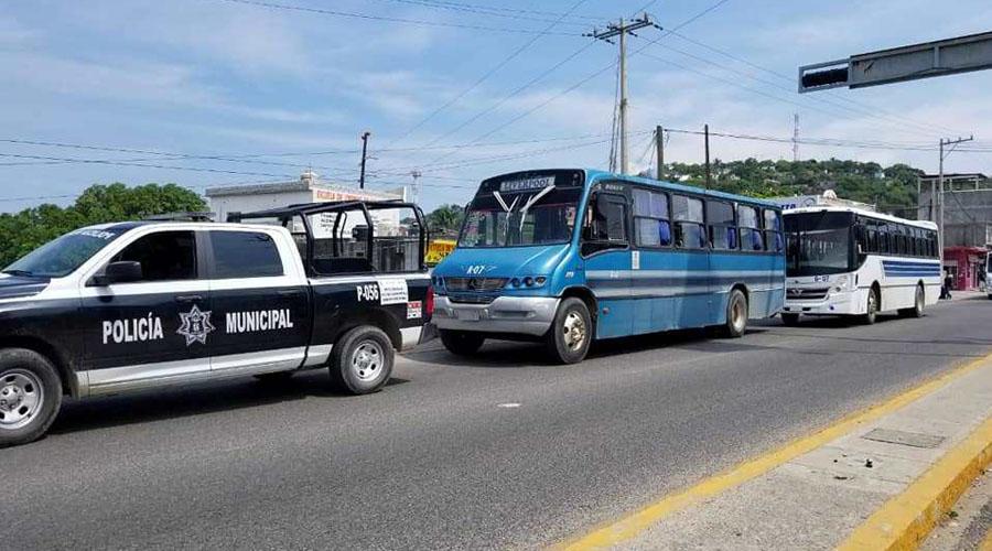 Vialidad vigila a los choferes de camiones | El Imparcial de Oaxaca