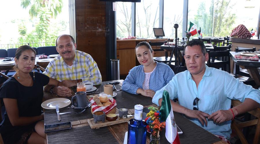 Entre amigos | El Imparcial de Oaxaca