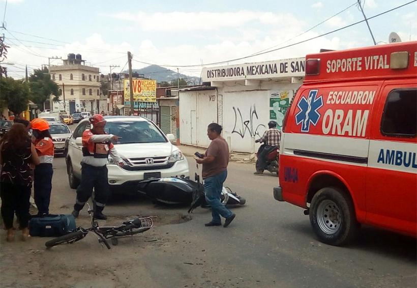 Mujer embiste a motociclista en el Rosario | El Imparcial de Oaxaca