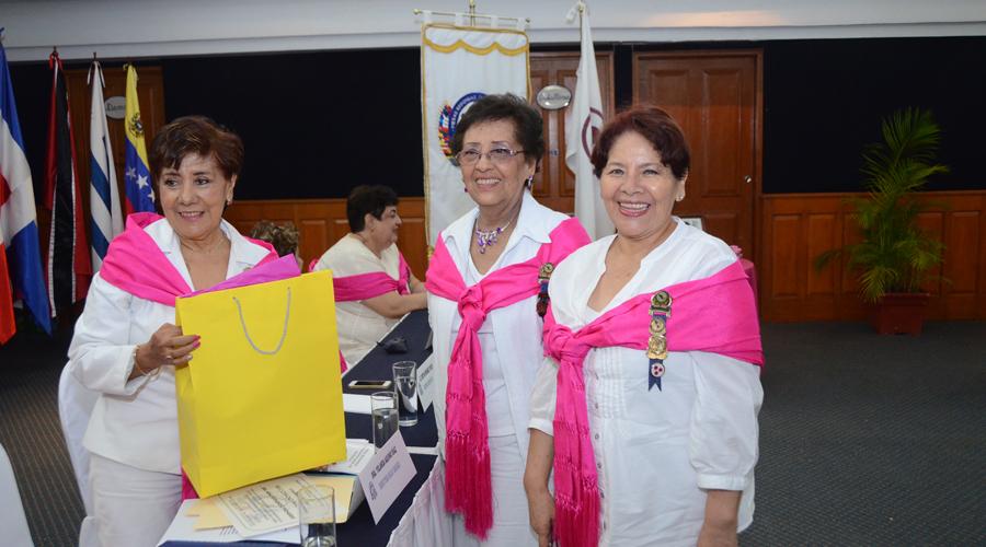 Nueva mesa  directiva en  la Mesa Redonda Panamericana Oaxaca
