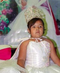 María José fue coronada como Reyna de  fiesta patronal