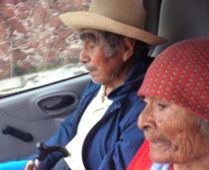 En Huajuapan continúa búsqueda de  taxista que robo a abuelos
